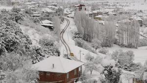 Çamelinde okullara kar tatili