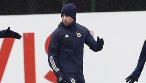 Fenerbahçede Sinan Gümüş takımla çalıştı
