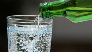 Günde 3 şişe maden suyu ile sağlıklı zayıflayın