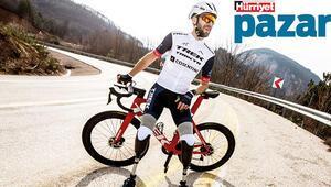 Geçirdiği trafik kazasında iki bacağını kaybeden bisikletçi Barış Asa: Bu protezlerle asla yürüyemem diyordum, şimdi 100 kilometre antrenman yapıyorum