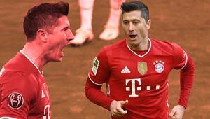 Bayern Münihin Stuttgartı 4-0 yendiği maçta Lewandowski hat-trick yaptı