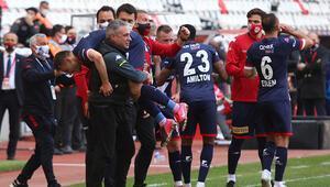 Antalyasporda Ersun Yanaldan galibiyet yorumu Takım çok iyi uyguladı
