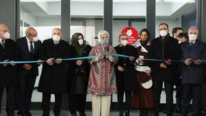 Emine Erdoğan Manisadaki doğa dostu tekstil fabrikasını ziyaret etti