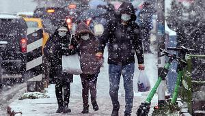 Son dakika... İstanbulda yoğun kar yağışı Bir anda bastırdı