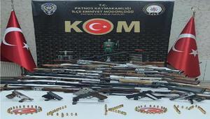 25 tüfek ve tabanca ile yakalanan 3 kişi tutuklandı