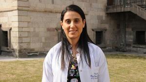 Kadın Hastalıkları Uzmanı Dr. Karadağ, çikolata kisti konusunda uyardı