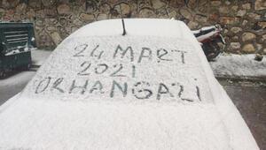 Bursada kar kentin yüksek kesimlerini beyaza bürüdü