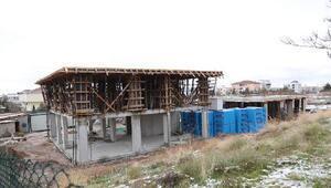 Aksarayda sevgi evlerinin yapımı sürüyor