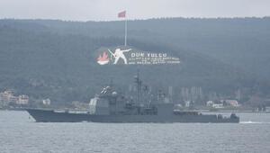 ABD savaş gemisi USS Monterey, Çanakkale Boğazından geçti