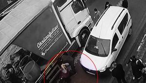 Sultangazide okula giderken kamyonun altında kalan küçük çocuk hayatını kaybetti