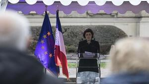 Strasbourg Belediye Başkanı, Eyüp Sultan Camisi'nin inşası için yapılan yardımı savundu