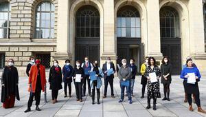 Göçmen örgütlerinden Berlin Eyalet Meclisi'nde yapısal ırkçılıkla mücadele için komisyon kurulması talebi