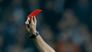 Son 10 yılda Süper Ligde en fazla kırmızı kart bu sezon çıktı