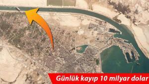 Bakan açıkladı... Süveyş Kanalındaki gemiyi Türkiye kurtarabilir