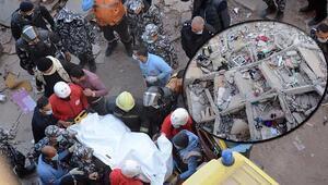 Mısırın başkenti Kahirede 10 katlı bir bina çöktü
