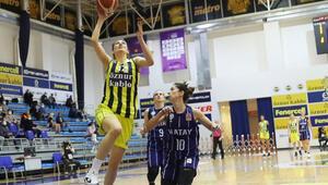 Fenerbahçe Öznur Kablo 85-64 Hatay Büyükşehir Belediyespor (Fenerbahçe seride 1-0 öne geçti)