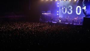 İspanyada pandemi döneminin ilk sosyal mesafesiz konseri