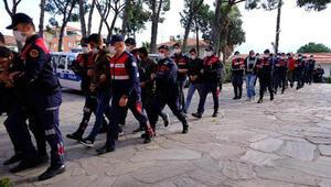 Jandarmadan 2 ilde şafak operasyonu; 16 gözaltı