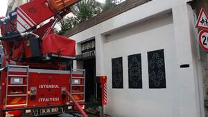 Sanatçı ve gazetecilerin uğrak mekanıydı... Çiçek Bar da yangın