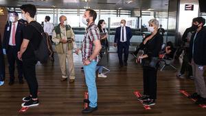 Azerbaycana kimlikle seyahat gece yarısı başladı... İki ülke arasında yeni dönem