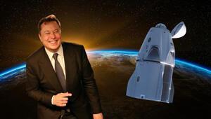 Elon Musk, yeni uzay aracını tanıttı