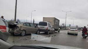 Bursada 6 aracın karıştığı zincirleme kaza