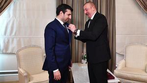 Azerbaycan Cumhurbaşkanı Aliyevden Bayraktara madalya