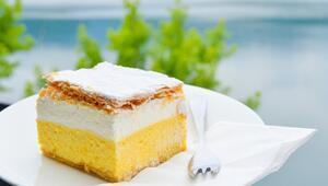 Bled pastası tarifi: Evde adım adım bled pastası yapımı