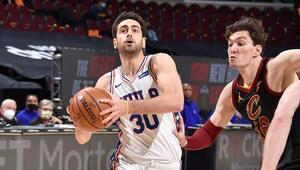 NBAde Gecenin Sonuçları: Türk Derbisinde kazanan Furkan Korkmazın takımı 76ers