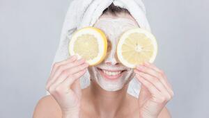 Cilt lekelerine ne iyi gelir Cilt lekeleri için doğal maske tarifi