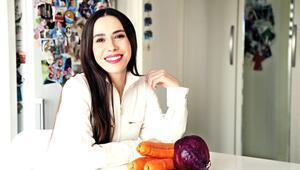 Sezgisel yeme yaklaşımını Diyetisyen Hülya Çağatay anlattı