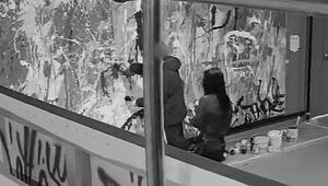 Güney Korede çift, sanat galerisinde yarım milyon dolarlık tabloyu yanlışlıkla boyadı