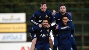 Fenerbahçede Gökhan Gönül, Diego Perotti ve Mesut Özil gelişmesi