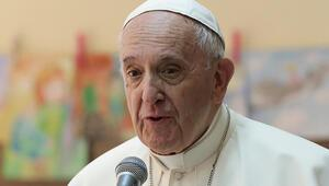 Papa Francis'ten yaşanan aşı tedariki sorununa tepki: Aşılar yoksullara ulaştırılmalı
