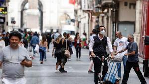 İtalyada son 24 saatte 10 bin 680 koronavirüs vakası tespit edildi