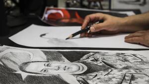 51 şehidin portresini çiziyor