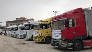 İdlibteki kamplara gıda yardımı
