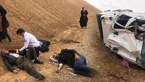 Van- Hakkari karayolunda korkunç kaza 2 ölü, 4 yaralı