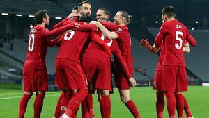 İtalya hükümeti kararını verdi EURO 2020deki İtalya-Türkiye maçında seyirci olacak