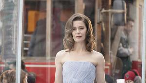 Camdaki Kız oyuncuları kimdir, konusu nedir Camdaki Kız dizisi oyuncu kadrosu ve karakterleri