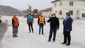 Başkan Palancıoğlu, asfalt şantiyesinde inceleme yaptı