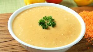 Mercimek çorbası nasıl yapılır Süzme mercimek çorbası tarifi