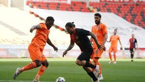 Gaziantep FK 2-0 Başakşehir (Maçın özeti ve golleri)