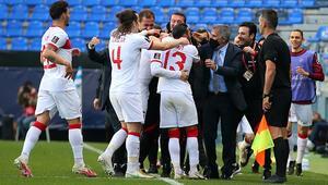 Türkiyeye EURO 2020de bir seyirci müjdesi daha Azerbaycandan resmi açıklama geldi