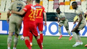 Fenerbahçede yine frikik yine Valencia 30 Ocaktan sonra bir kez daha yaptı