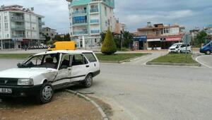 Manavgatta trafik kazası: 2 yaralı