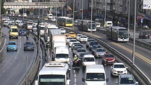 Son dakika... İstanbulda sokağa çıkma kısıtlaması öncesi trafik kilit