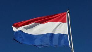 """Hollanda'da camiye """"Müslümanlar diri diri yakılmalıdır"""" yazılı tehdit mektubu gönderildi"""