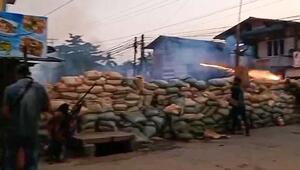 Myanmarda 3 etnik silahlı grubun polis karakoluna saldırması sonucu en az 14 polis hayatını kaybetti