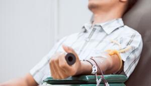 Kan vermek orucu bozar mı Oruçlu iken kan verecekler için Diyanetten açıklama